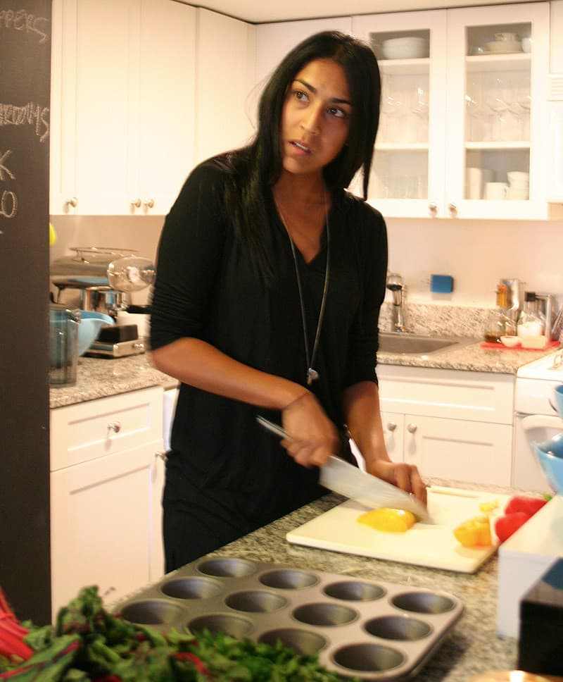Kitchen Tour: Sveta Cooks with Zest and Precision: gallery image 7