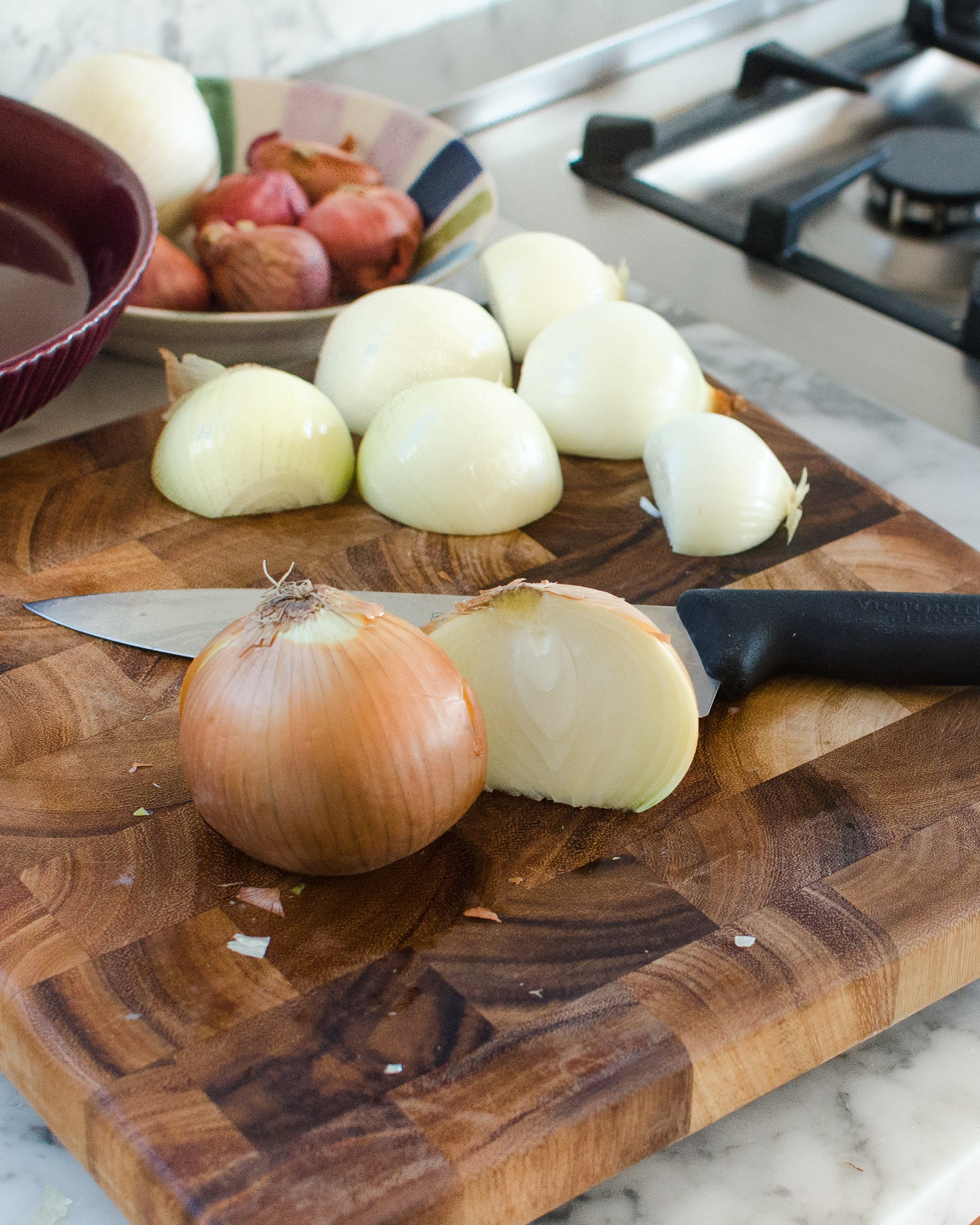 How To Make French Onion Soup: gallery image 2