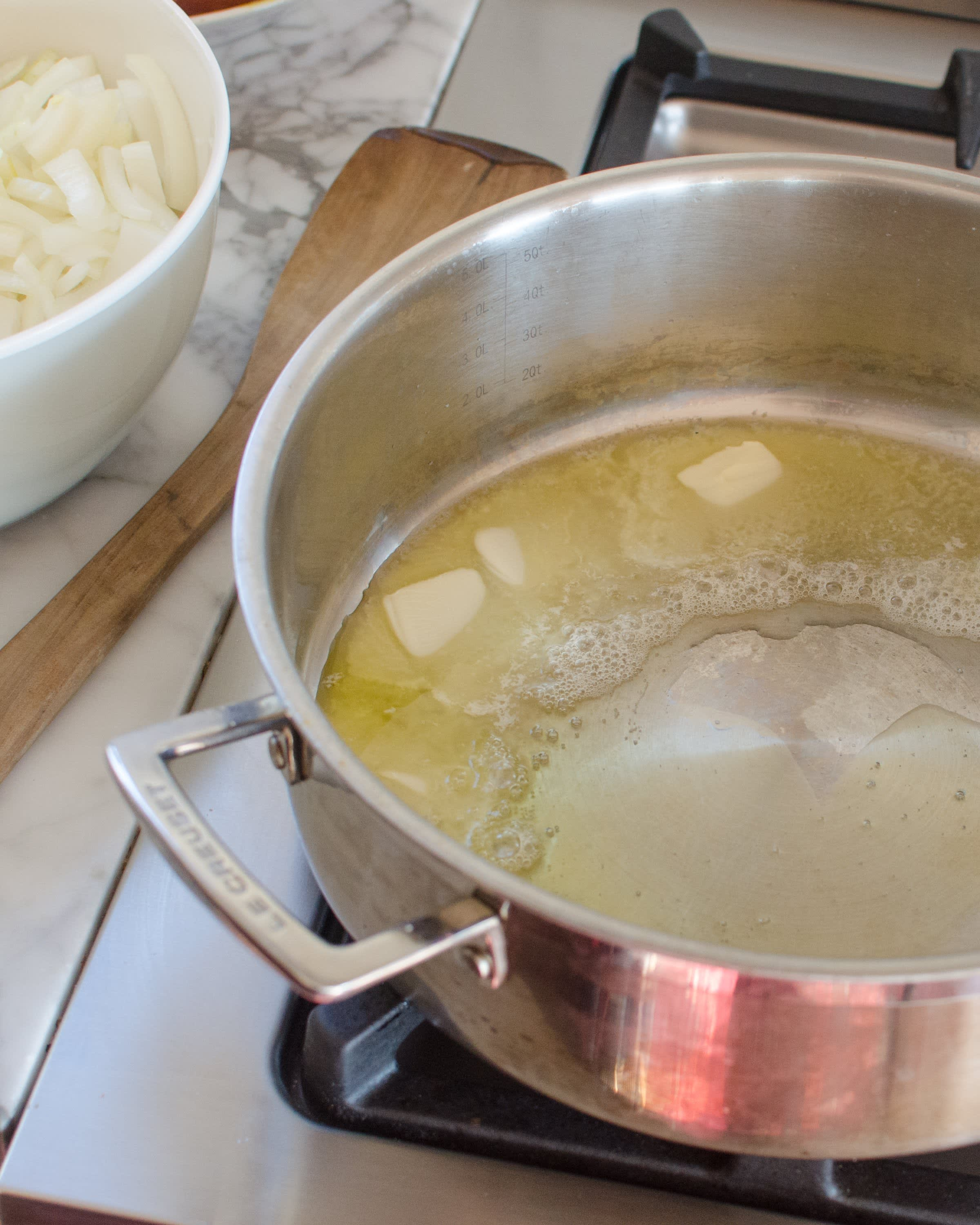 How To Make French Onion Soup: gallery image 6