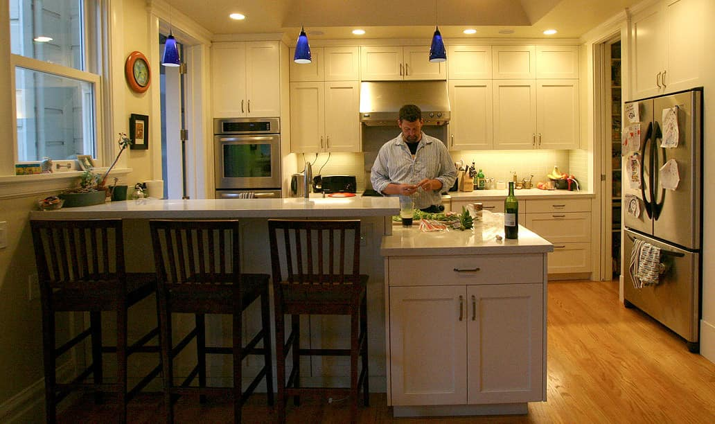 Kitchen Tour: Jasper & Rebecca's Updated Bay Area Classic: gallery image 3