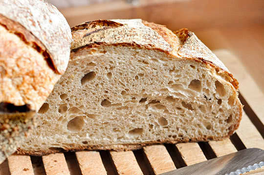 Tartine Bread: Basic Country Bread Recipe Reviews: gallery image 4