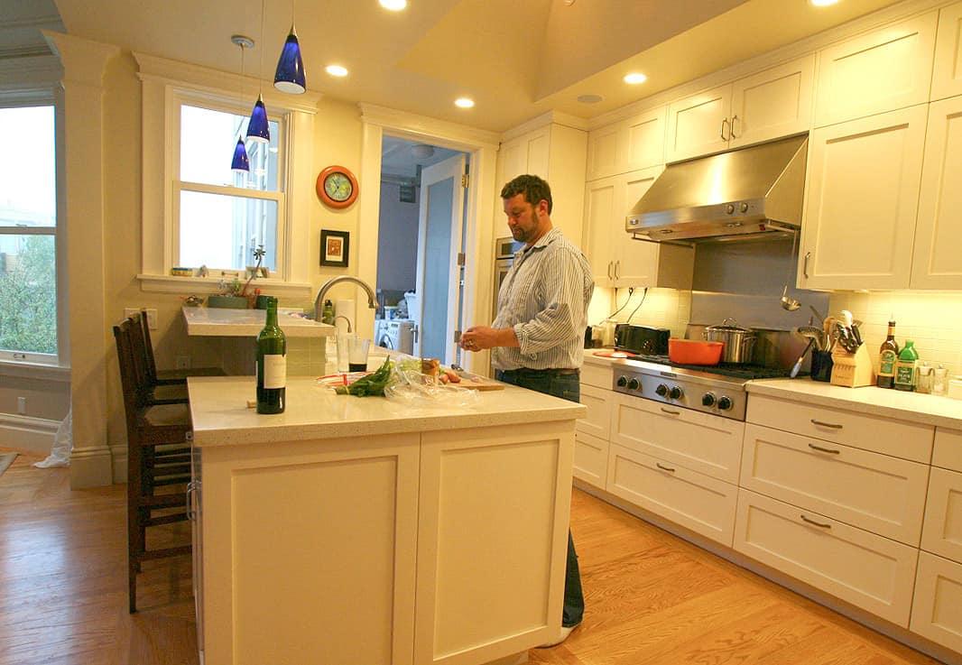 Kitchen Tour: Jasper & Rebecca's Updated Bay Area Classic: gallery image 5