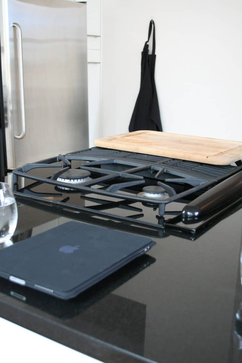 Kitchen Tour: Antoine Roset Hosts French Style in NY: gallery image 3