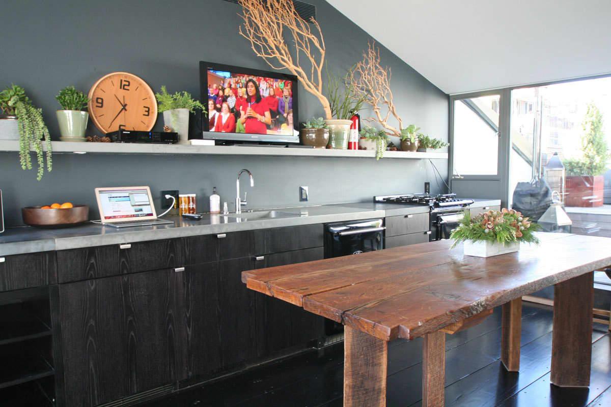 Kitchen Tour: The Bond Street Rooftop Kitchen: gallery image 6