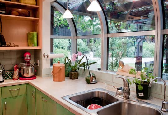 Kitchen Tour: Cissy and Richard's Relaxed Green Kitchen: gallery image 3