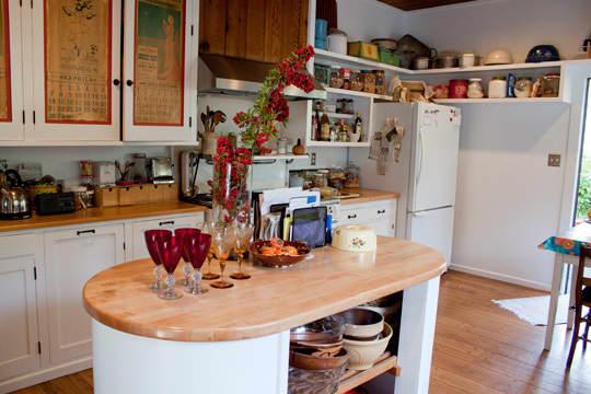 Kitchen Tour: Joan & Jim's Jolly Kitchen: gallery image 2