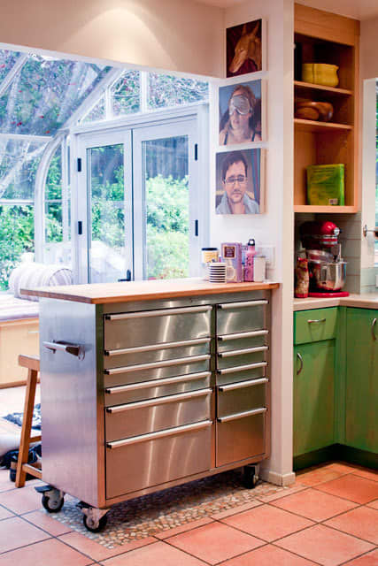 Kitchen Tour: Cissy and Richard's Relaxed Green Kitchen: gallery image 12