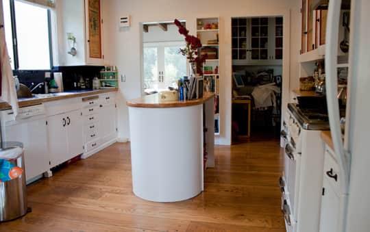 Kitchen Tour: Joan & Jim's Jolly Kitchen: gallery image 10
