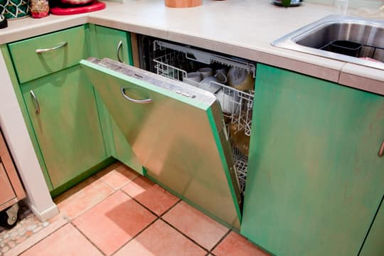 Kitchen Tour: Cissy and Richard's Relaxed Green Kitchen: gallery image 17