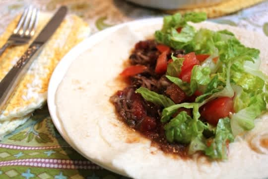 How To Make Mexican Braised Beef in a Slow Cooker: gallery image 1