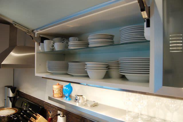 Kitchen Tour: Cynthia's Fixed-Up Kitchen in Toronto: gallery image 7