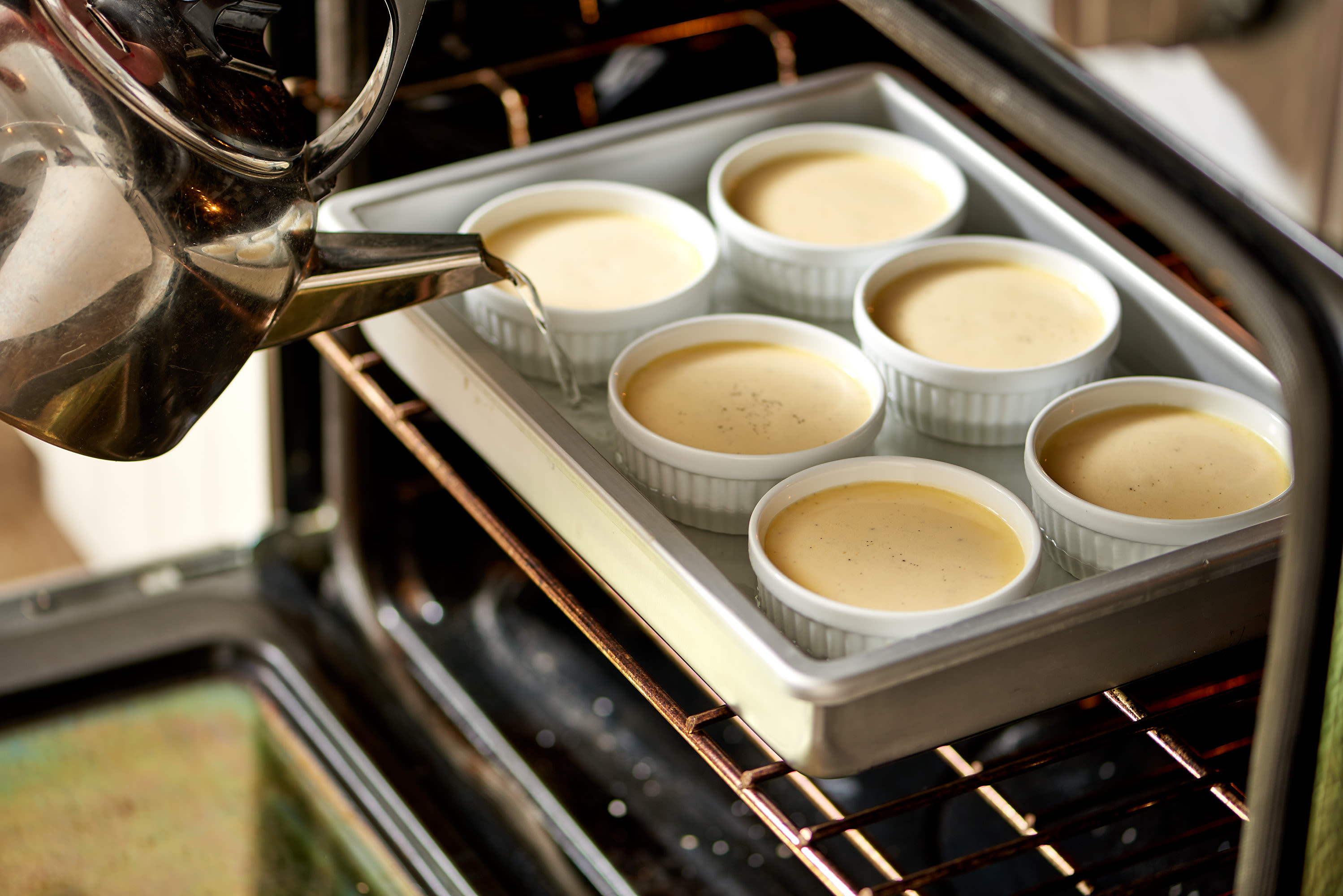 How To Make Creme Brûlée: gallery image 6