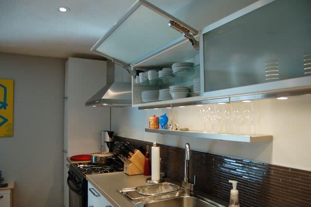 Kitchen Tour: Cynthia's Fixed-Up Kitchen in Toronto: gallery image 6