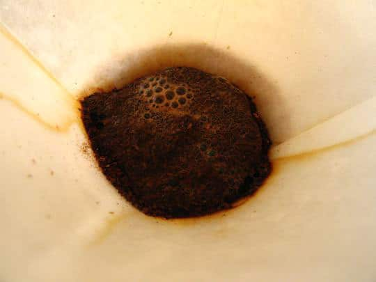 How To Brew Coffee With a Chemex Coffee Maker: gallery image 7