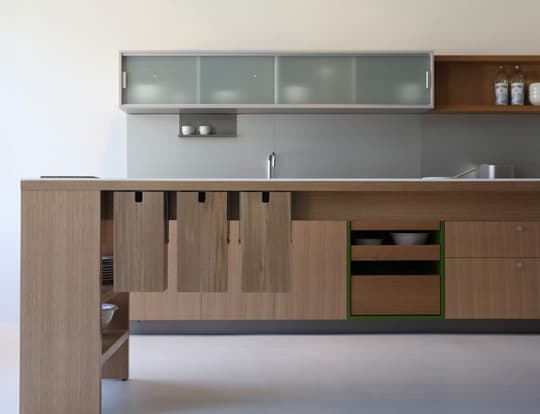 Viola Park: Modular Kitchens by the Folks at Henrybuilt: gallery image 1