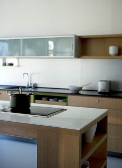 Viola Park: Modular Kitchens by the Folks at Henrybuilt: gallery image 9