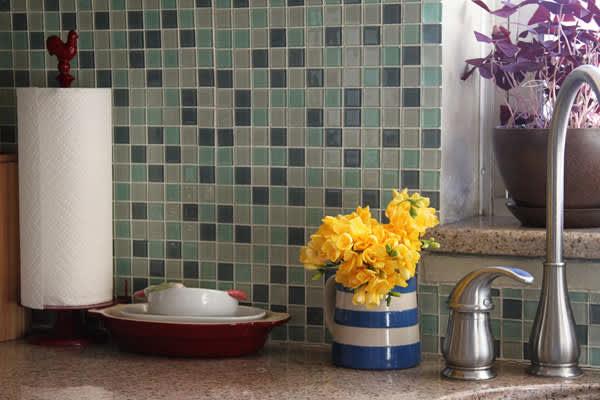 Kitchen Tour: Haewon's Maximized Family Kitchen: gallery image 18