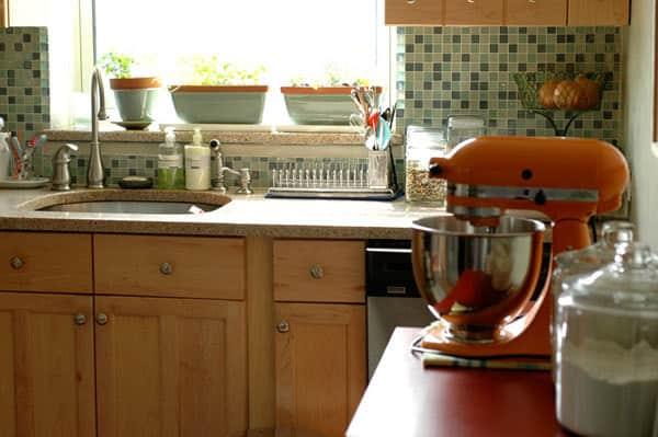 Kitchen Tour: Haewon's Maximized Family Kitchen: gallery image 2