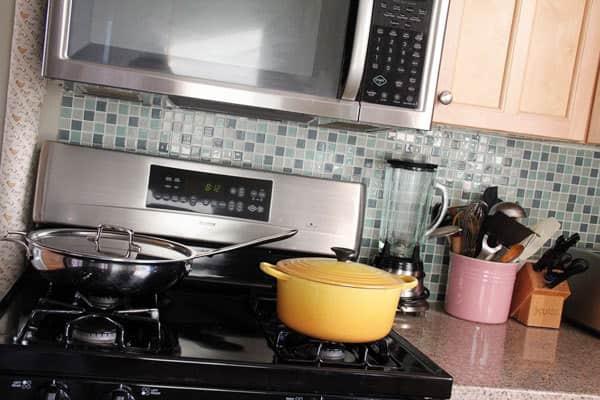 Kitchen Tour: Haewon's Maximized Family Kitchen: gallery image 5