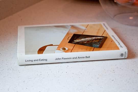 Kitchen Tour: Daria and Ben's Glossy White Kitchen: gallery image 10