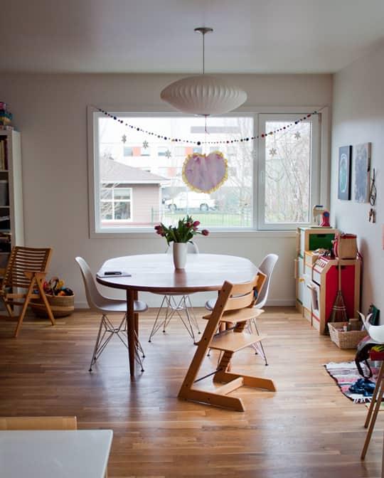 Kitchen Tour: Daria and Ben's Glossy White Kitchen: gallery image 2