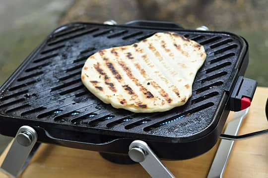 The Element Portable Grill by Fuego: A Smaller, Lighter Gas Grill for Apartment-Dwellers: gallery image 3