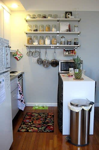 30 Small Cool Kitchens from Real Homes: gallery image 11