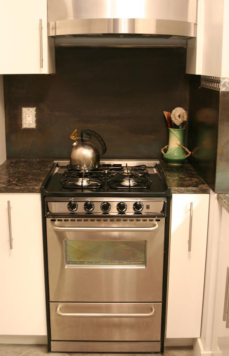 Kitchen Tour: Javier and Marsha Learn Together: gallery image 7
