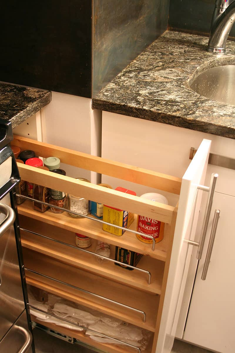 Kitchen Tour: Javier and Marsha Learn Together: gallery image 14