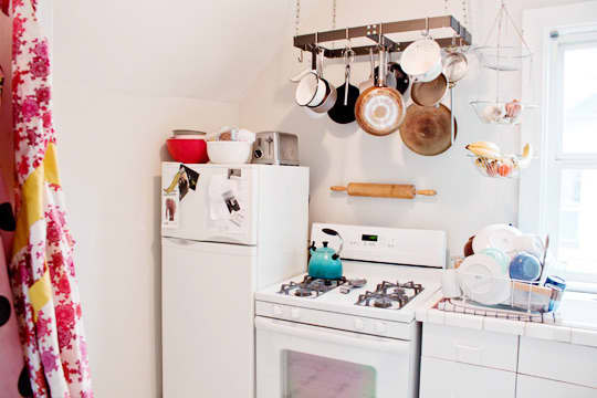 Kitchen Tour: Leela and Dave's Tiny Bright Kitchen: gallery image 6