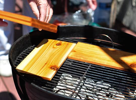 How To Grill Salmon on a Cedar Plank: gallery image 4