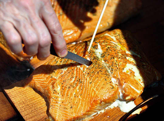 How To Grill Salmon on a Cedar Plank: gallery image 7