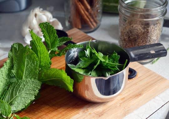 Lunch Recipe: Warm Chickpea Salad with Cumin & Garlic: gallery image 2
