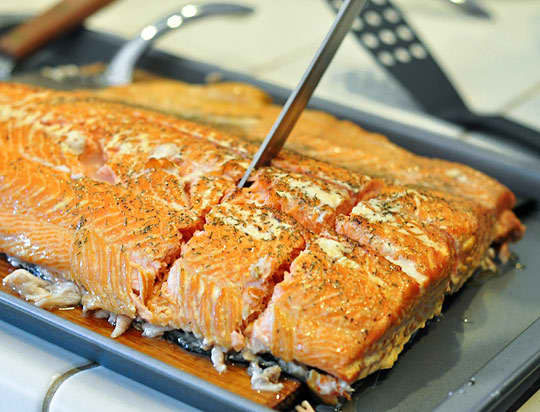 How To Grill Salmon on a Cedar Plank: gallery image 10