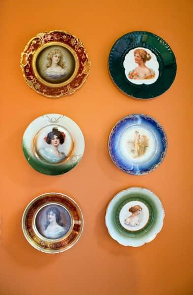 Kitchen Tour: Ginnie and Janie's Warm, Colorful Kitchen: gallery image 13