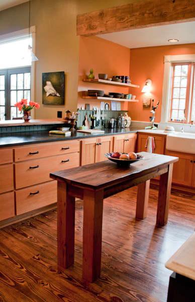 Kitchen Tour: Ginnie and Janie's Warm, Colorful Kitchen: gallery image 7