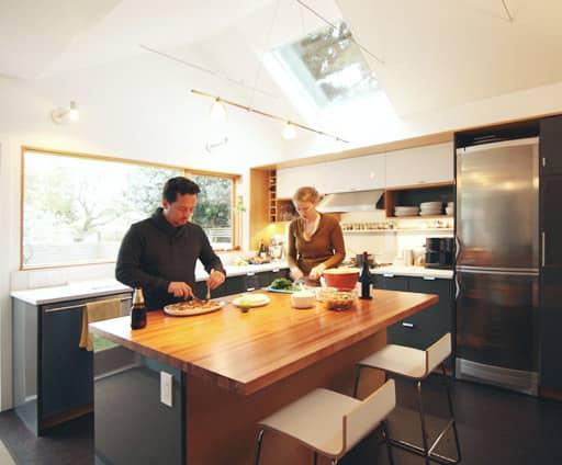 Lauren and Kyle's Sleek, Warm Seattle Kitchen: gallery image 1