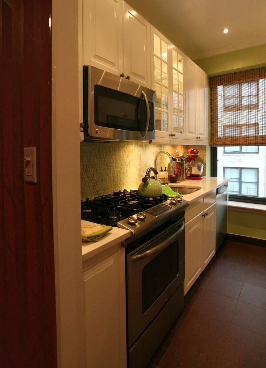 Laura's Cool Green City Kitchen: gallery image 6