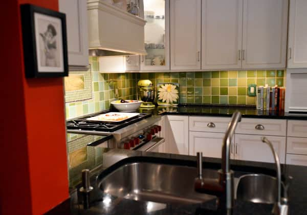 Food Writer Carla Snyder's Warm Red & Green Kitchen: gallery image 13