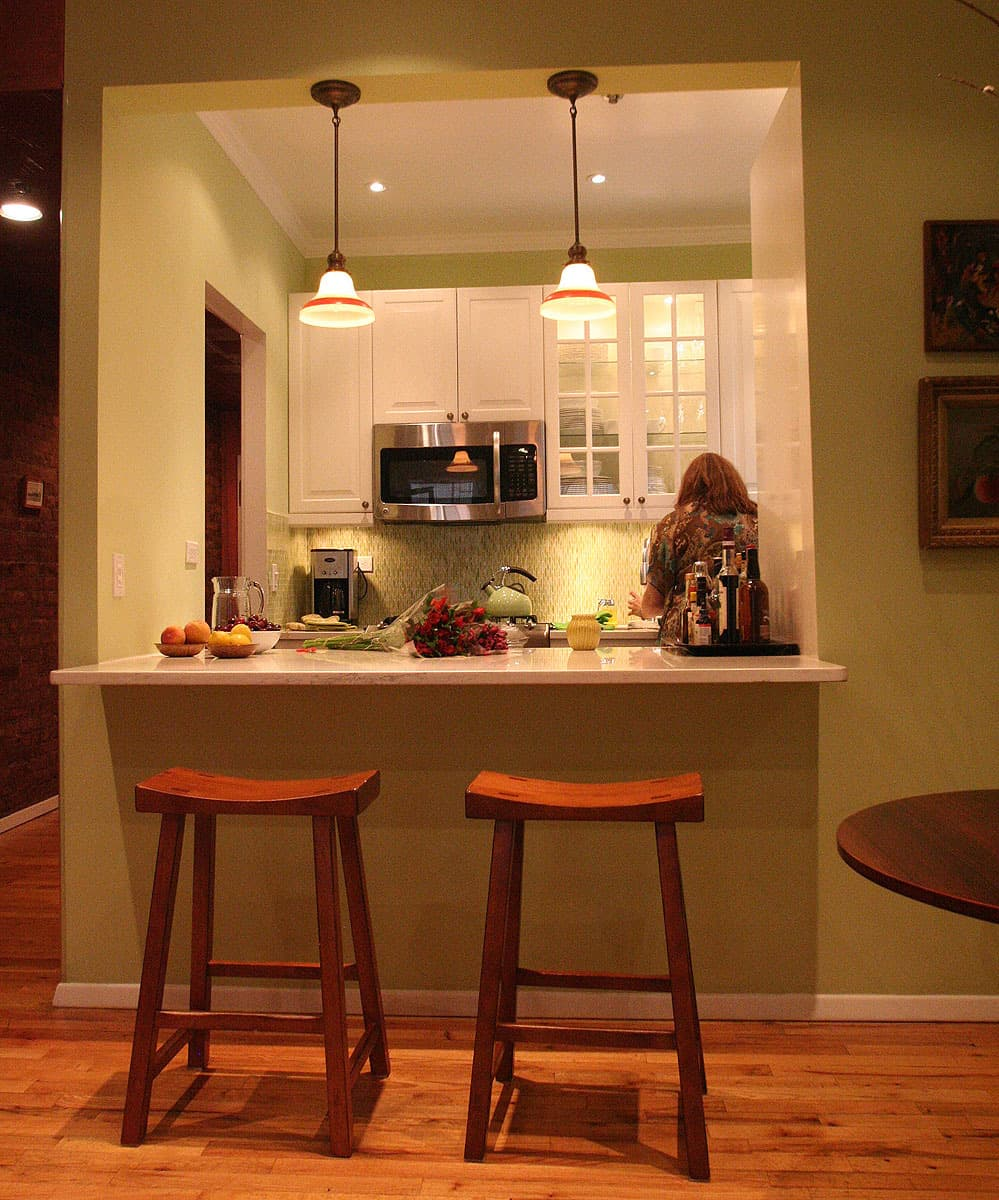 Laura's Cool Green City Kitchen: gallery image 1