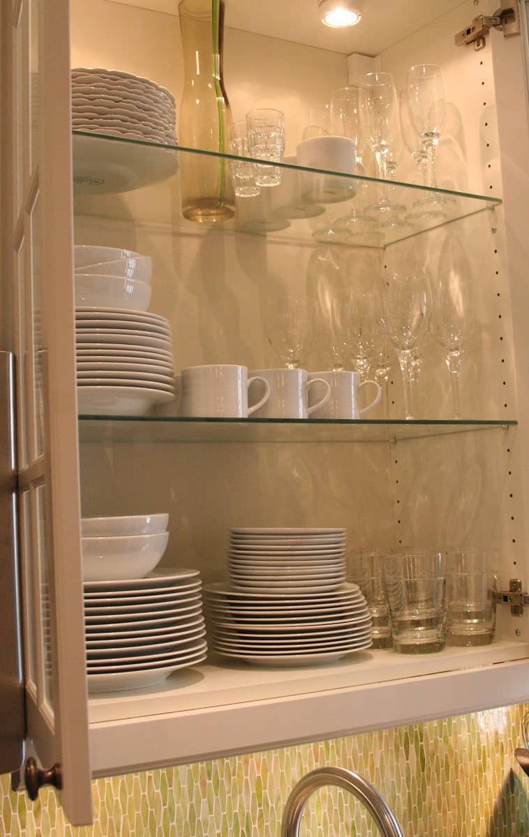 Laura's Cool Green City Kitchen: gallery image 30