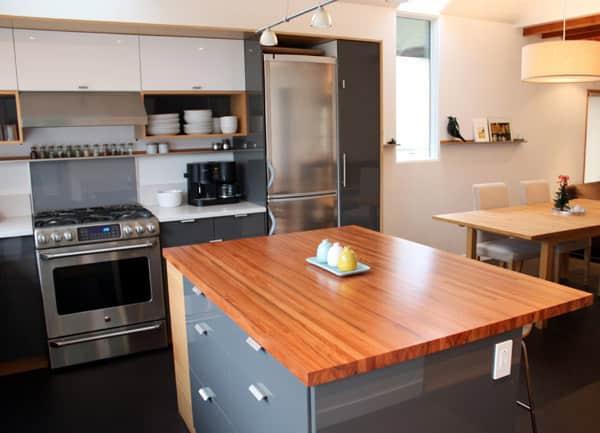 Lauren and Kyle's Sleek, Warm Seattle Kitchen: gallery image 13