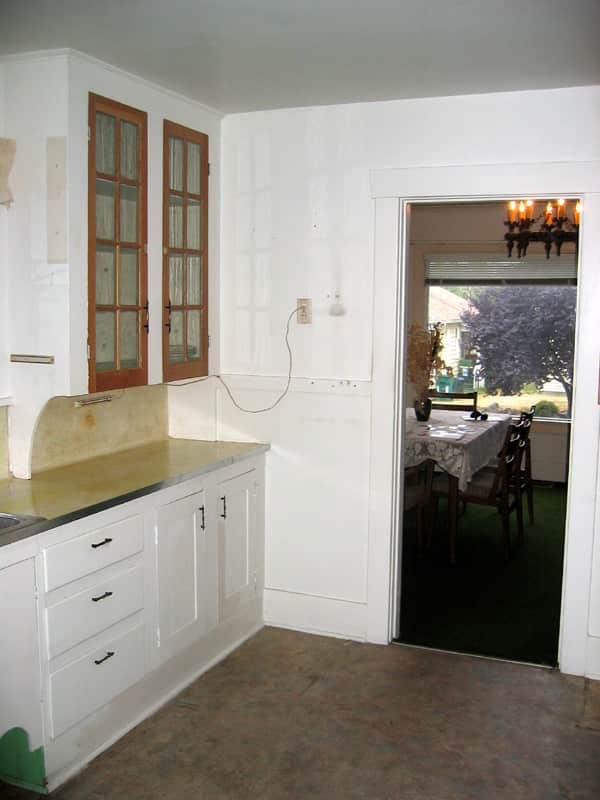 Lauren and Kyle's Sleek, Warm Seattle Kitchen: gallery image 5