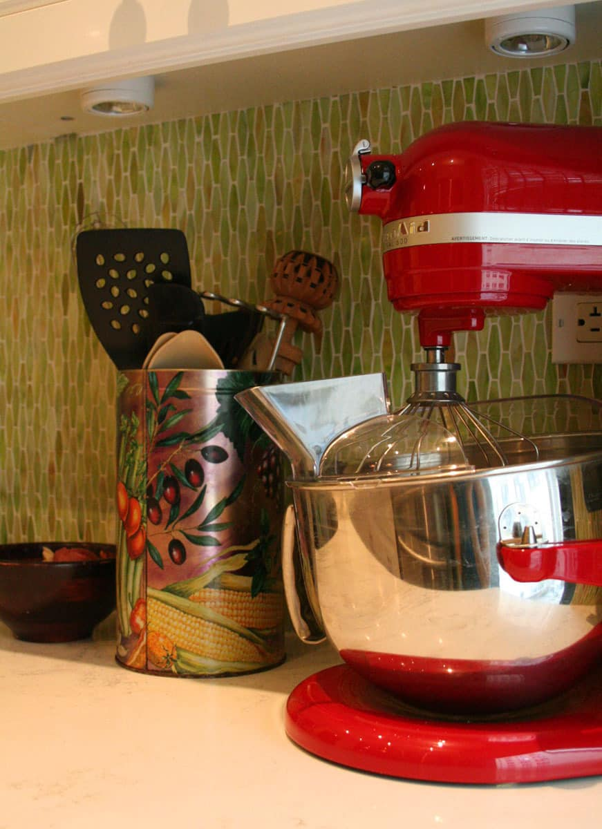 Laura's Cool Green City Kitchen: gallery image 19