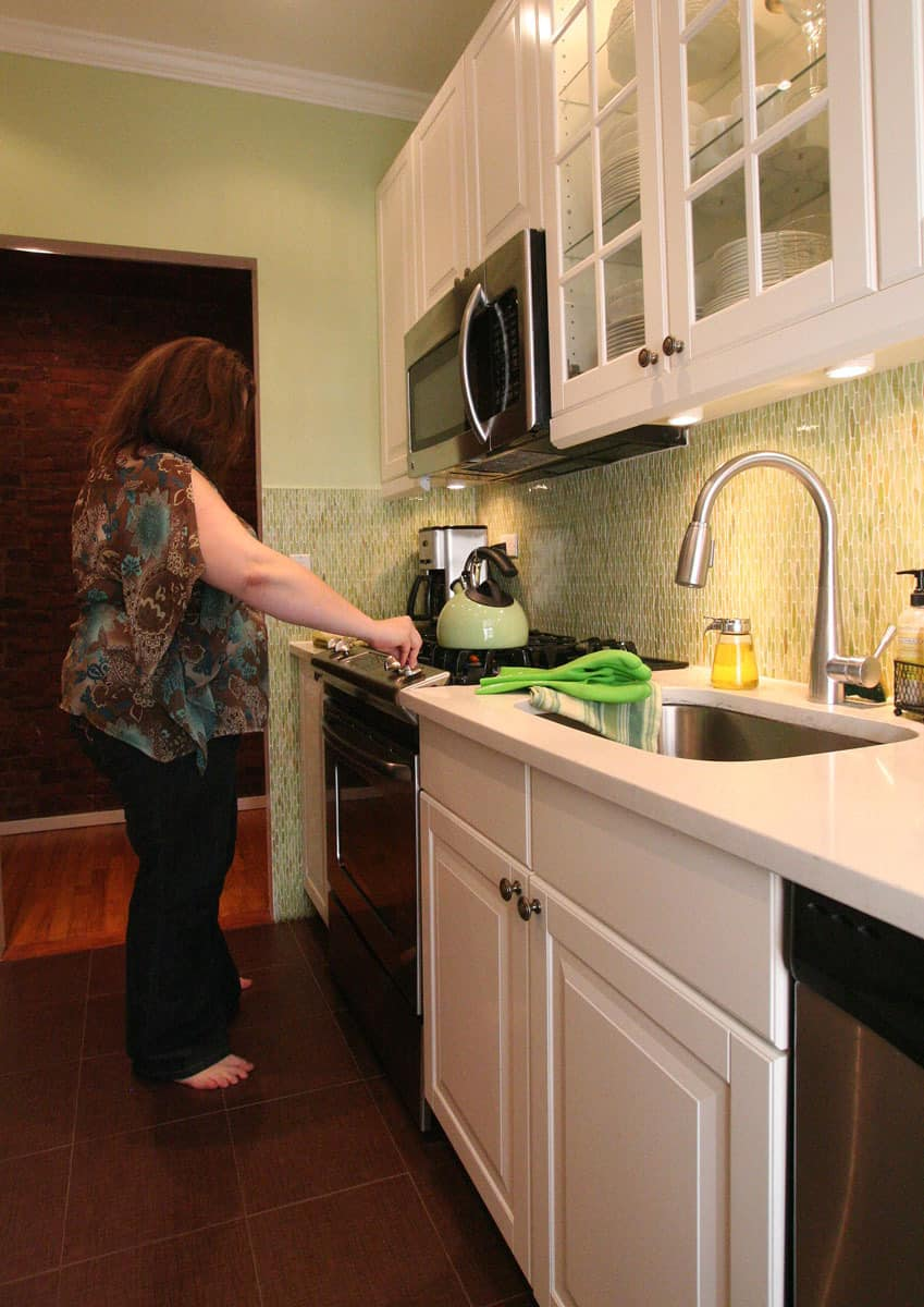 Laura's Cool Green City Kitchen: gallery image 5
