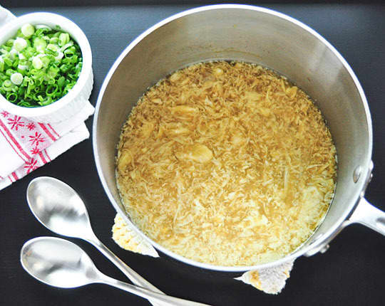 How To Make Egg Drop Soup: gallery image 4