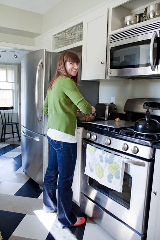 Amanda's Smart, Renovated Kitchen: gallery image 7