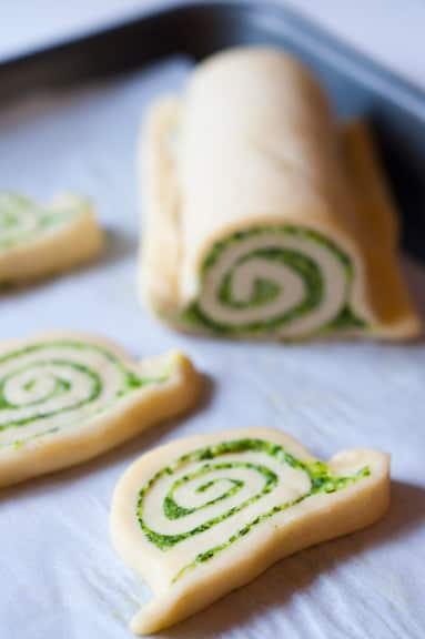 Faux Escargot Pastry Swirls in a Garden Trowel: gallery image 3