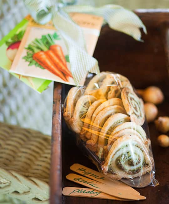Faux Escargot Pastry Swirls in a Garden Trowel: gallery image 1