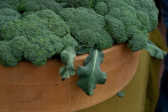 A Guide to Selecting the Best Produce: Vegetables: gallery image 6